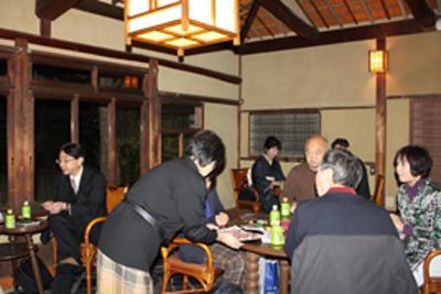 若草山山焼き鑑賞会を開催