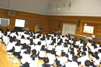 M4(中2)いのちの授業を行いました