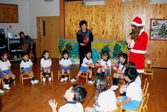 英語による「クリスマス会」を楽しみました