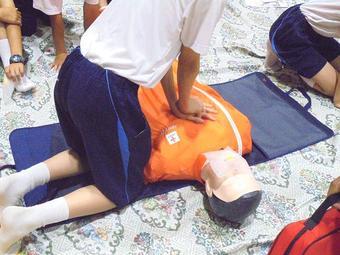 救急救命講習会を受講しました