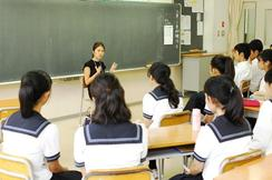 Y1(中3) キャリア学習・先輩と学部について学ぶ