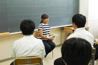 Y1 キャリア学習・先輩と学部について学ぶ